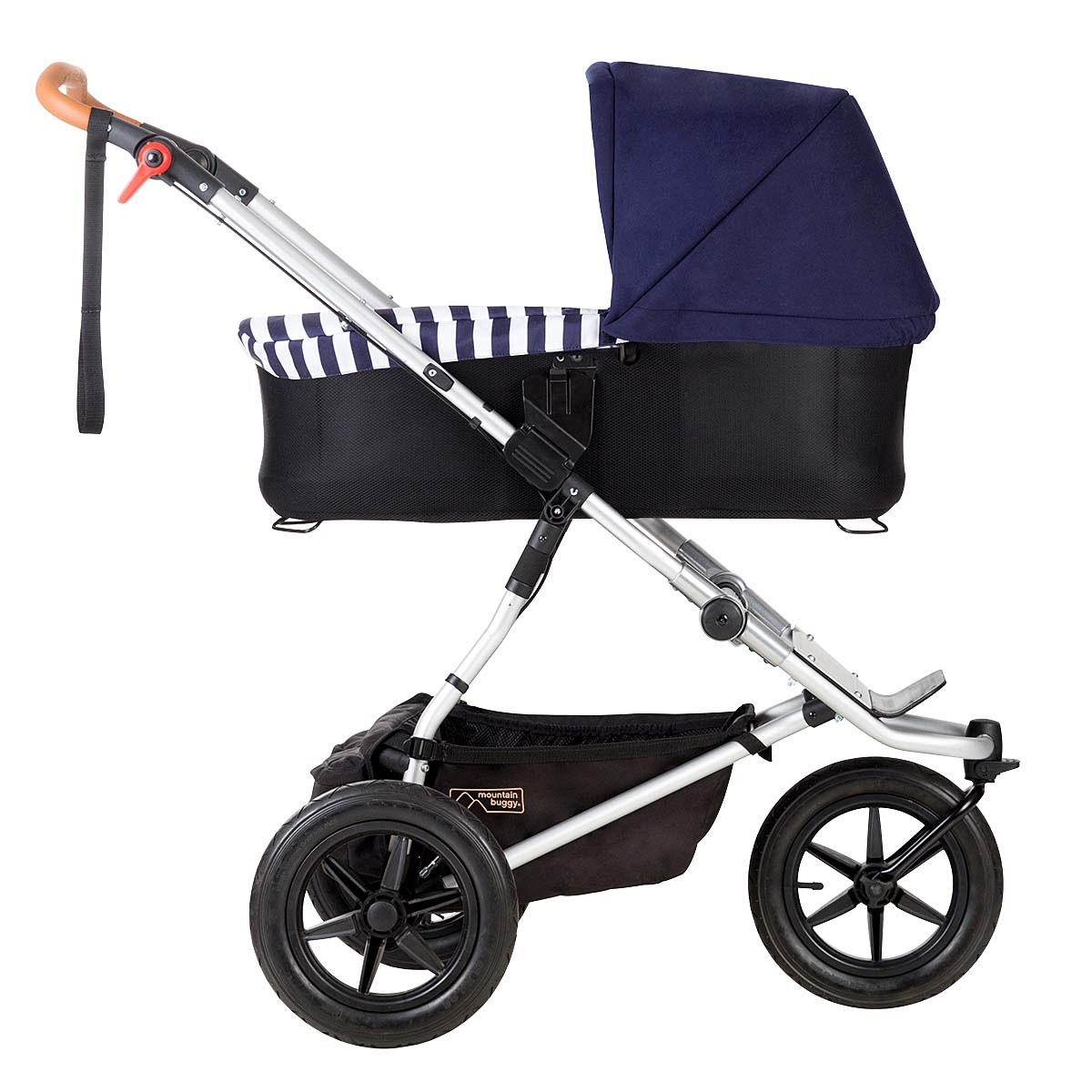 nautical-carrycot-on-buggy